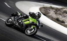 The Kawasaki Z1000SX is a green and lean machine