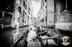 WEDDING IN VENICE #Venice #Italy #wedding #photographs #photoshoot #photographer #gondola