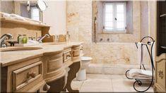 mediterrán fürdőszoba márvány burkolat - Luxusházak, lakások