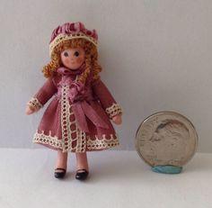 """Artisan Dollhouse Miniature Doll Elaine Bohensky 1/12"""" Scale"""