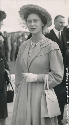 DATE:September 9 1948 D:Princess Margaret at London Airport,after her arriving from Holland /original photo Vintage Princess, Royal Princess, Princess Diana, Margaret Rose, Windsor, British Style, British Royals, Mode Vintage, Vintage Style