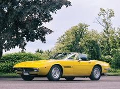 A poised and powerful 1970 Maserati Ghibli Spyder with an upgraded manual transmission and stunning original colors will be on display and up for grabs at Alfa Romeo Spider, Italian Traditions, Lamborghini Miura, Maserati Ghibli, Life Car, Gt Cars, Sump, Car In The World, Grand Tour