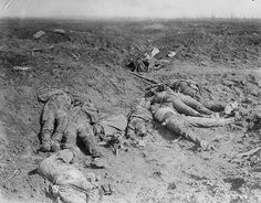 Friday 1 July 2016 marked the centenary of the beginning of the Battle of the Somme, the biggest conflict seen on the Western Front during World War I. Here are some of the most arresting photos from the war. Contains graphic images. World War One, First World, Schlacht An Der Somme, Ww1 Photos, Photographs, Wilhelm Ii, Battle Of The Somme, Flanders Field, Man Of War