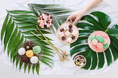 Pretty Palm Fronds Party Decor + DIY Decoupage Balloons! | ...love Maegan