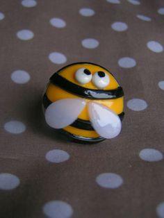 petite bague en forme d'abeille amusant a fabriquait