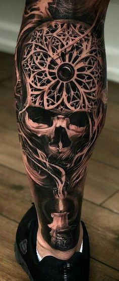 Japanese tattoos are easily recognized since they are large and distinctive. They carry a lot of meanings. A red dragon tattoo is quite attractive. Weird Tattoos, Badass Tattoos, Skull Tattoos, Sexy Tattoos, Black Tattoos, Body Art Tattoos, Hand Tattoos, Tatoos, Pretty Tattoos