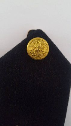 Vintage US Navy Ensign shoulder boards, gold bullion thread with wool felt and leather passants ( straps ) the snaps read Scovill. They are standard 5 x 2 Nice clean Navy rank epaulettes. Navy Ranks, Gold News, Gold Bullion, Brass Belt Buckles, Us Navy, Wool Felt, Gold Coins, 1970s, Buttons
