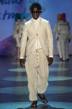 Ronaldo Fraga | Ready-to-Wear Spring 2017 | Look 1