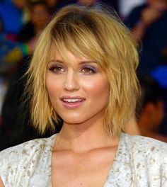 short shaggy haircuts choppy hairstyle for hair 9858 | b2a41ae23d9858dfbe6a78a7bb2ce495 hairstyles and color hairstyles with bangs