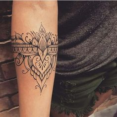 "❤ @ilovetattoobr auf Instagram: ""By: @lucasmilk"" #simple_tattoo_mandala"