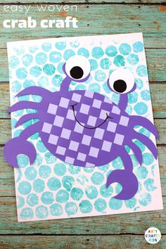Arty Crafty Kids - Craft Ideas for Kids - by HelenEasy Woven Crab Craft for Kids - Super Cute crab weaving craft that kids will adore, while giving their hands a little fine motor work out during the creative process. Great a craft for an under the sea th Arts And Crafts For Adults, Easy Arts And Crafts, Crafts For Kids To Make, Craft Activities For Kids, Arts And Crafts Projects, Preschool Crafts, Art For Kids, Craft Ideas, Kids Crafts