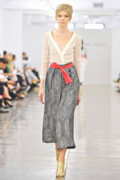 Carmen Marc Valvo Spring 2013 RTW Collection - Fashion on TheCut