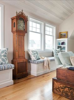 Coastal Homes. Coastal home ideas. Coastal home with nautical interiors and a touch of patina. #CoastalHomes #Coastal #CoastalInteriors #NauticalDecor