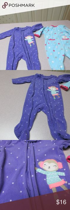 Carter's FLEECE MONKEY SLEEPER PAJAMAS GIRL FLEECE MONKEY SLEEPER PAJAMAS 3M. This LOOKS PERFECT WORN COUPLE TIMES. NO STAINING, RIPS, OR TEARS. LOOKS AWESOME  IN EXCELLENT CONDITION. THIS IS CARTERS. ILL CONSIDER ALL OFFERS ON MY ITEMS. THANKS Carter's Pajamas