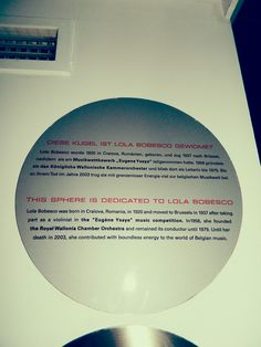 Bun venit in ATOMIUM, simbolul Europei! Intr-o seara friguroasa de la sfarsitul lunii martie, am fost invitata la o receptie Ariel, Procter and Gamble, organizata in celebra constructie Atomium....