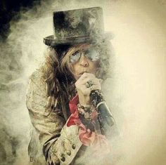 Find images and videos about art, rock and aerosmith on We Heart It - the app to get lost in what you love. Brad Whitford, Liv Tyler 90s, Hard Rock Music, Beatiful People, Steven Tyler Aerosmith, 80s Hair Bands, Joe Perry, The Jam Band, Music Heals