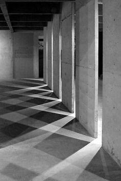 Light and Shadow : National Museum (Museo de la Nación) Lima Peru | MauFoto