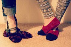 meet.make.crochet-a-long: mary jane slippers.