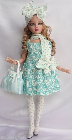 "Ellowyne, OOAK ""Babydoll"" Dress and Accessories by ssdesigns via eBay, SOLD 2/12/12   $186.50"