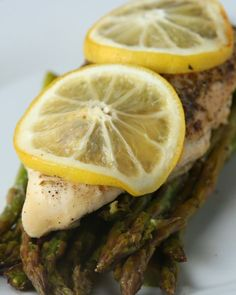 Here's what you'll need:* ½ pound asparagus, trimmed* Olive oil, to taste* Salt, to taste* Pepper, to taste* 1 garlic clove, minced* 1 chicken breast* Salt, to taste* ½ teaspoon pepper* ½ teaspoon oregano* 1 lemon (half for the juice, half for slices)* Parchment paperAnd here's what you'll need to do:1.Preheat oven to 400°F/200°C.