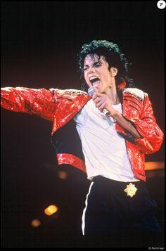 Michael Jackson Poster, Michael Jackson Fotos, Michael Jackson Photoshoot, Michael Jackson Wallpaper, Michael Jackson Bad Era, Michael Jackson Dangerous, Michael Jackson Thriller, Mike Jackson, Britney Spears