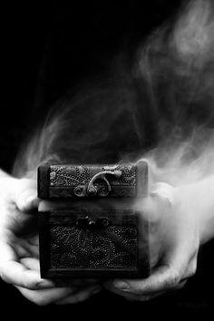 Abrió la caja de los deseos y estos empezaron a hacerse realidad.