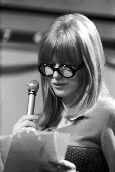 Marianne Faithfull, great glasses <3