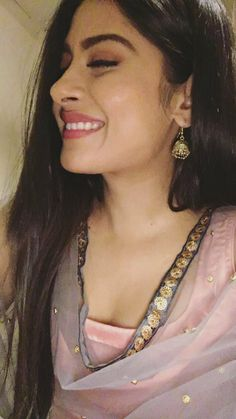 Cute Girl Poses, Cute Girl Pic, Cute Girls, Indian Tv Actress, Beautiful Indian Actress, Hair Color For Black Hair, Brown Hair Colors, Stylish Girl Images, Girly Pictures