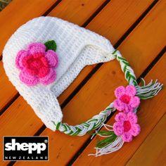 Wool New Zealand Handmade Warm Winter Apparel Cloths Gift Crochet Shepp Brand Scarf Hat Gloves Outdoor Wear Snow Christmas Frost Heavy duty Warp Socks Cushion cover Trend Wallet Purse Cute Organic Sheep Environment friendly eco