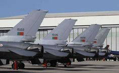 Los cazabombarderos F-16 de Portugal relevan a los Eurofighter españoles en Lituania-noticia defensa.com