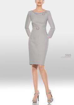 Vestido de madrina de Teresa Ripoll modelo 3323 by Teresa Ripoll | Boutique Clara. Tu tienda de vestidos de fiesta.