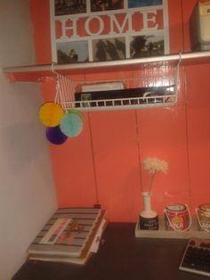 Bureau netjes,  kleurrijk en gezellig!