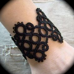 Tatted Cuff Bracelet - Hens and Chicks..00, via Etsy.