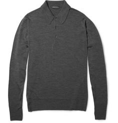 John Smedley's merino wool polo shirt is knitted through a meticulous construction process, contributing to its superior fit, shape retention and overall quality. Wear this lightweight charcoal-grey piece with black jeans and neutral-toned sneakers for leisurely drinks downtown.