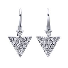 We love these daring and delicate 14k White Gold Diamond Leverback Earrings from Gabriel & Co. These have the perfect shape along with the most gorgeous little diamonds. Find your local retailer at our website www.gabrielny.com to get all your daring designs!