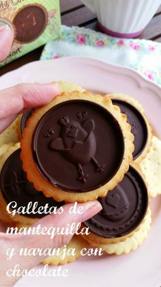 Galletas de mantequilla con naranja y chocolate