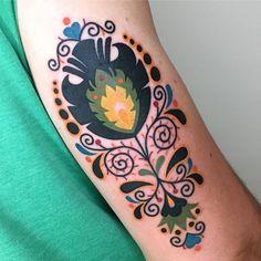 Folky flowers from my flash. Thanks Zach! Wrist Tattoos, Flower Tattoos, Sleeve Tattoos, Tatoos, Manga Tattoo, I Tattoo, Pretty Tattoos, Beautiful Tattoos, Hungarian Tattoo