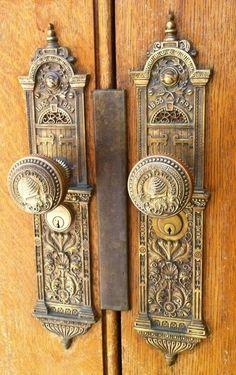 """""""Antique doorknobs""""-"""