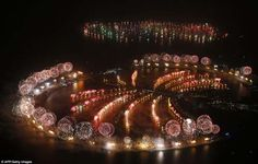 The most spectacular fireworks display in the world. Visit: http://www.chaiacupoflife.com/new-year-fireworks #dubai #fireworks
