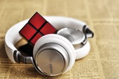 Benefits of Wireless Headphone Best Headphones, Wireless Headphones, Over Ear Headphones, Best Ps4 Headset, Asmr, Metallic Eye Makeup, Oreillette Bluetooth, Simple Blog, Vie Simple