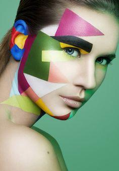 Lou by Damien Mohn / Costume Halloween, Halloween Makeup, Pop Art Makeup, Extreme Makeup, Modelos Fashion, High Fashion Makeup, Abstract Faces, Make Up Art, Fantasy Makeup
