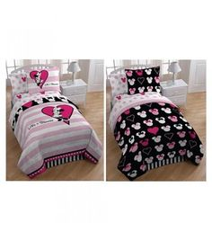 Love Minnie Mouse Twin Reversible Mini Comforter Set