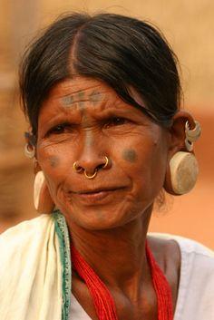 India | Lanjia Saora people at Rizangtal village in Orissa. | ©Walter Callens