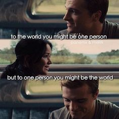 Everlark forever and always Hunger Games Movies, Hunger Games Humor, Hunger Games Catching Fire, Hunger Games Trilogy, Katniss And Peeta, Katniss Everdeen, Gale Hawthorne, Mockingjay, Book Fandoms