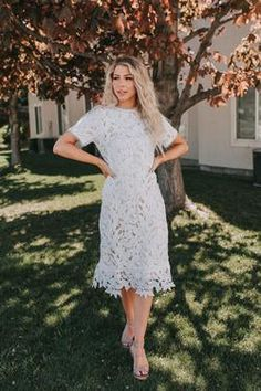 Modest Homecoming Dresses, Modest Dresses, Modest Outfits, Prom, Modest White Dress, Lace Dress, Shoes With White Dress, Ivory Dresses, Plus Size Dresses
