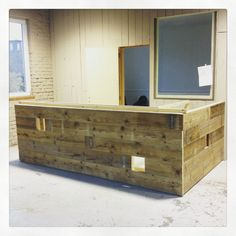 MATIERES NOMADES - work in progress - desk made with recycled wood