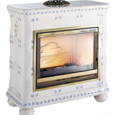http://www.gr8fires.co.uk/invicta-boheme-14-kw-wood-burning-stove/?utm_source=Social&utm_medium=Social - Invicta Boheme 14 kW Wood Burning Stove