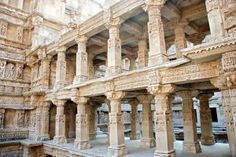 Patan - This district is located in North Gujarat and surrounded by Banaskantha district, Mehsana district, Surendranagar district and Kutch District.