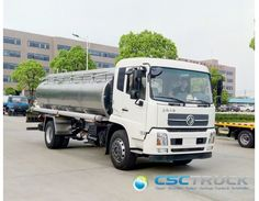 Stainless Steel Oil Tanker Truck