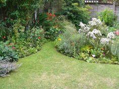 Corner garden ideas para and google on pinterest - Ideas para jardines pequenos fotos ...